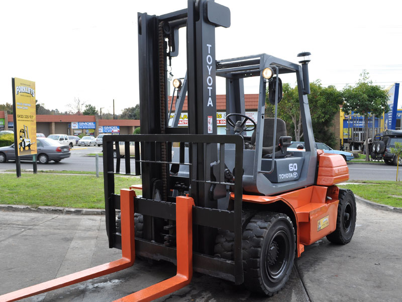 Toyota 6 tonne used forklift
