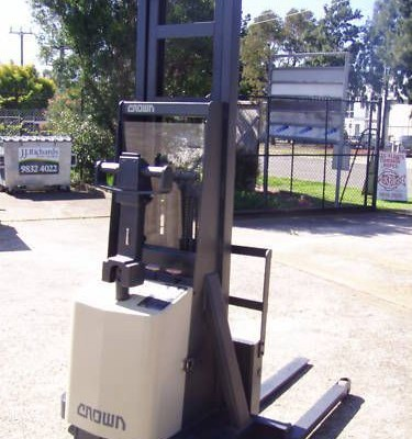 1 Tonne Crown Walkie Stacker with Reach Capability