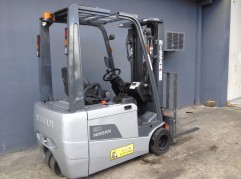 Nissan 2 tonne electric rear