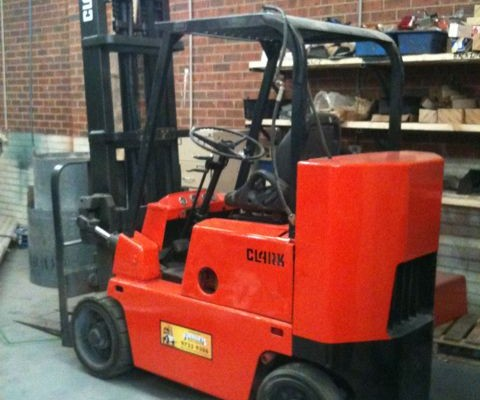 Clark 3 Tonne Stubbie compact used forklift
