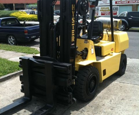 Used Forklift | Hyster 4 tonne 3 stage container mast lpg