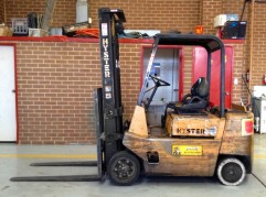 Hyster 2.5 tonne cushion tyre forklift